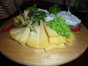cheese-843093_640