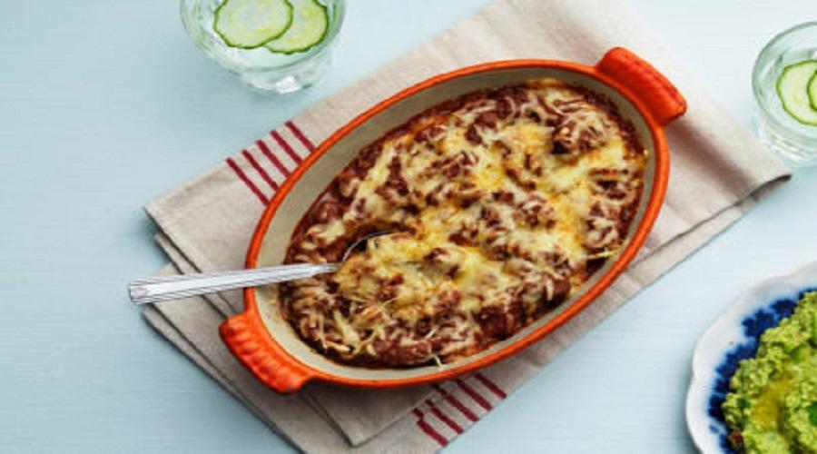 Taco-Auflauf mit Guacamole aus der Low Carb-Küche - LCHF Deutschland