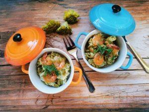 Cremiger Brokkolisalat mit Garnelen