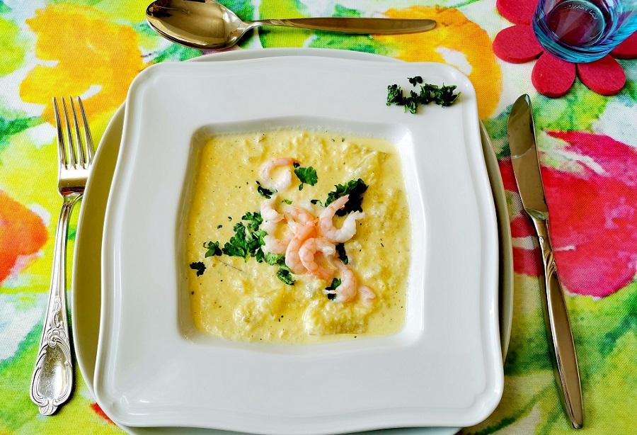 Feine Kohlrabi-Suppe mit Krabben
